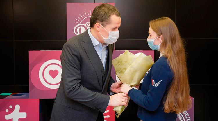 В Белгороде наградили добровольцев за работу в пандемию