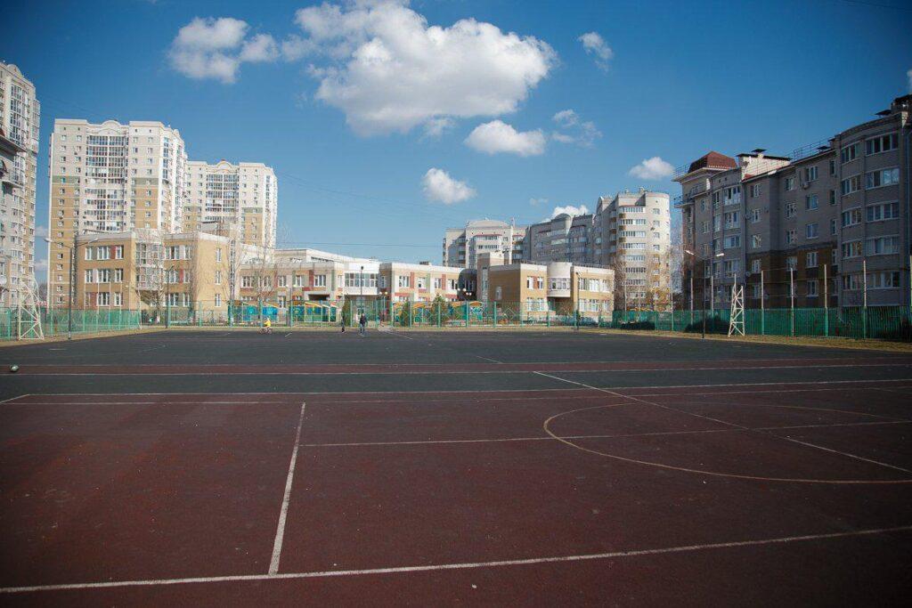 В Белгороде новую спортивную площадку приспособят для занятий в зимнее время года